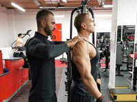 How to build big shoulders?